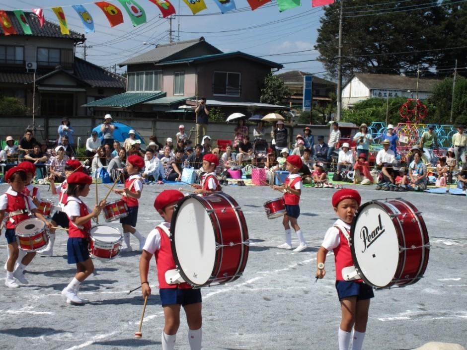 27年運動会 注目度ナンバーワンの鼓笛隊です。