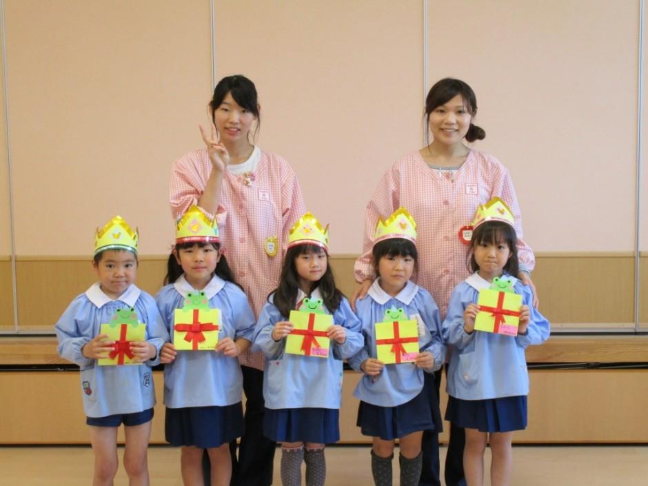 28年度4月誕生会 4月生まれの年長さんは5名です。