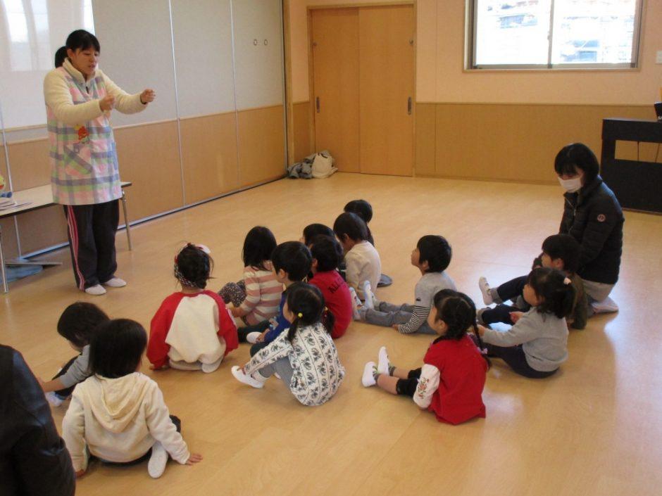 保育体験 4月から幼稚園に入園するお友達が来てくれました。