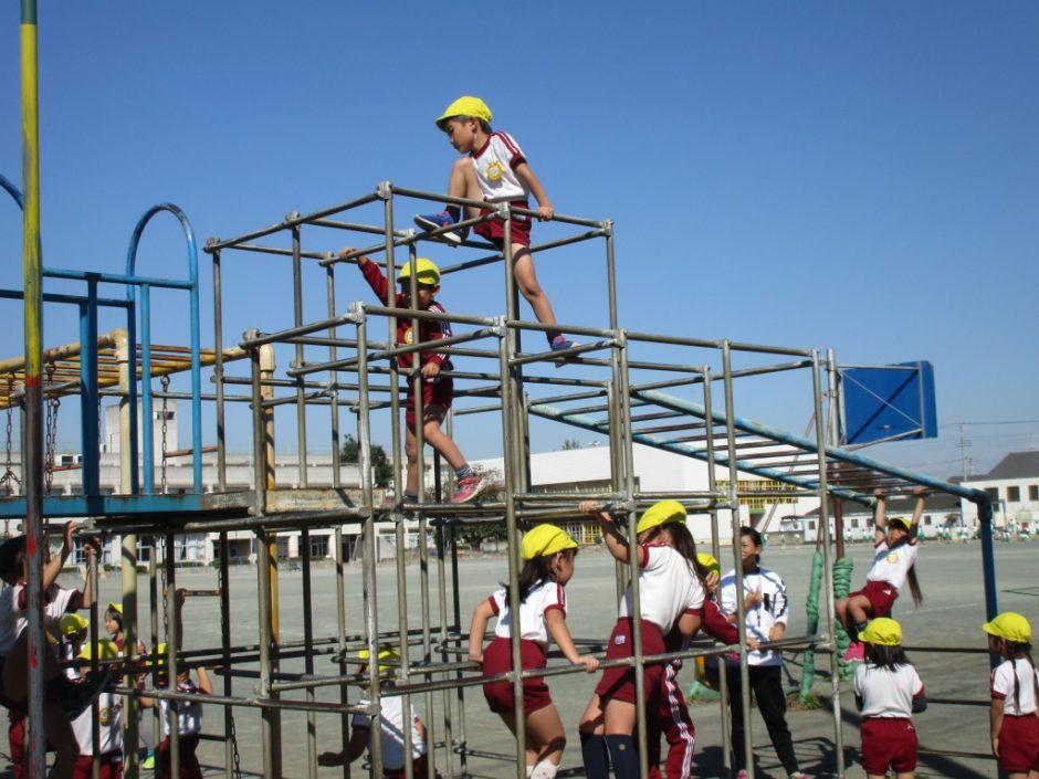 新町小学校交流会 広い校庭に大きな遊具!小学校が楽しみです☆