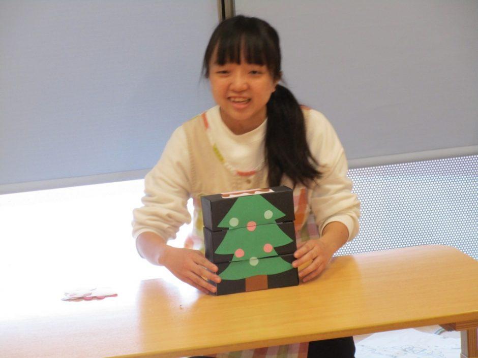12月 お誕生会 クリスマスツリーが・・・