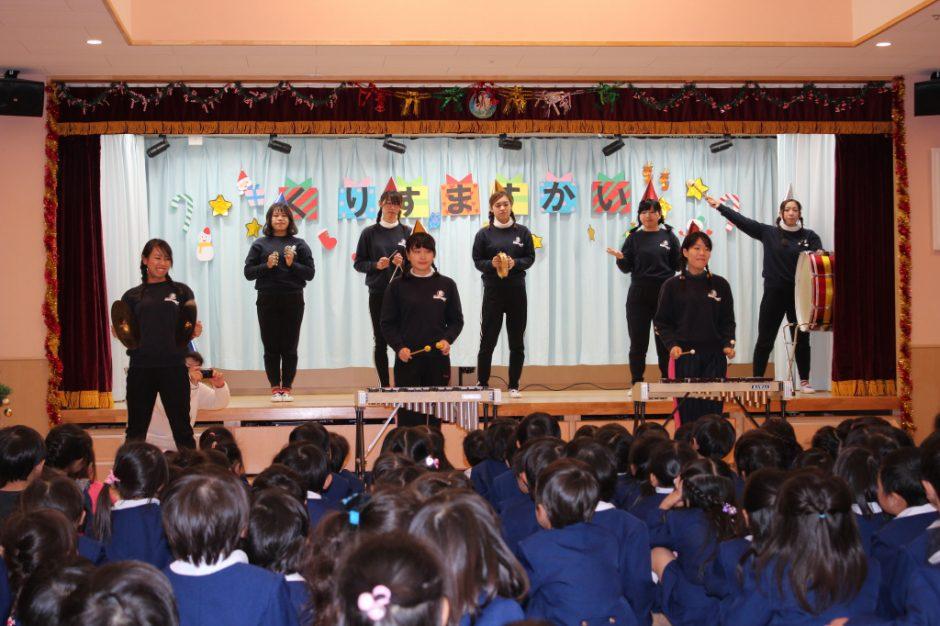 クリスマス会☆彡 まずは先生たちのうたからスタート!