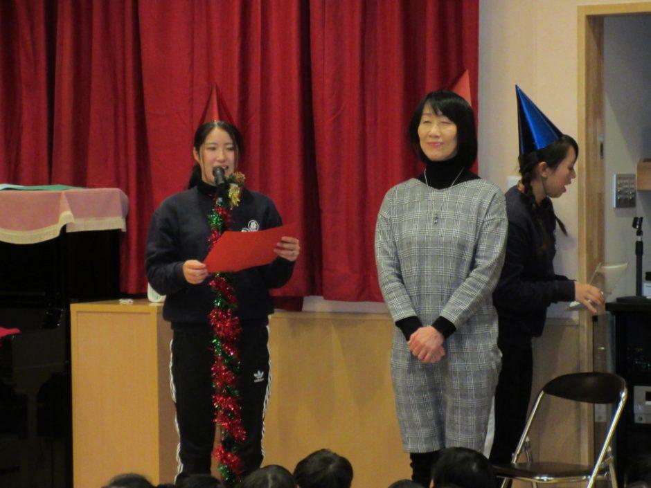 クリスマス会☆彡 先生たちも三角帽子をかぶって、お楽しみのはじまりです(≧▽≦)