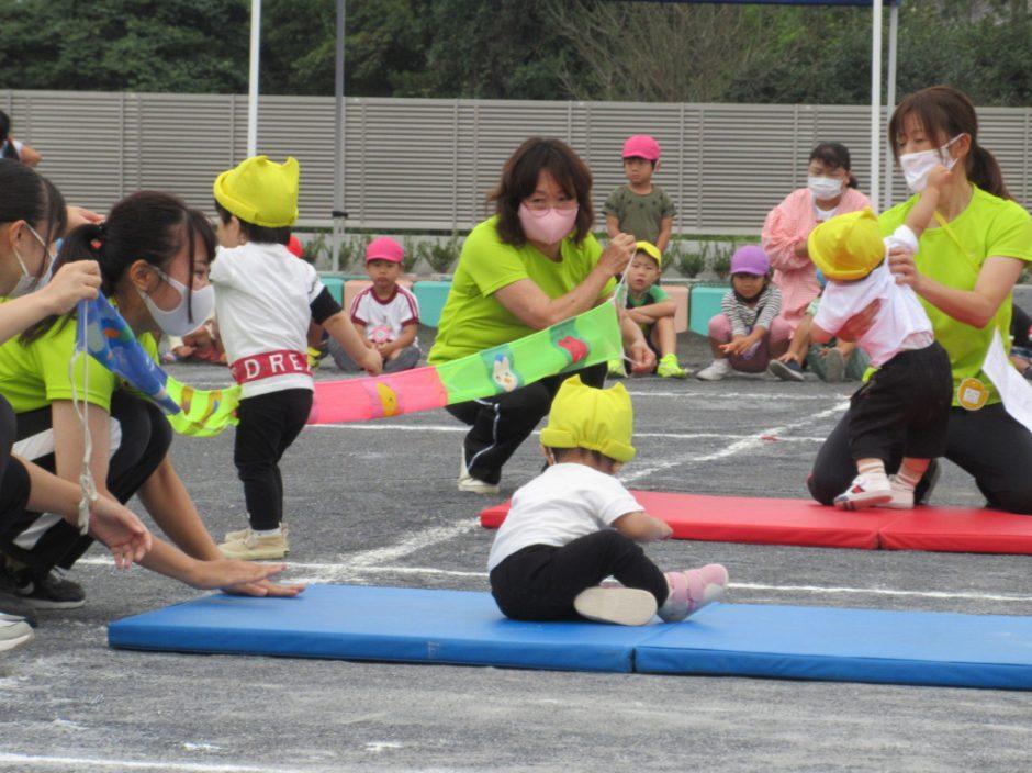保育園部 ミニミニ運動会 ひよこさんのかけっこです☆がんばれ~!