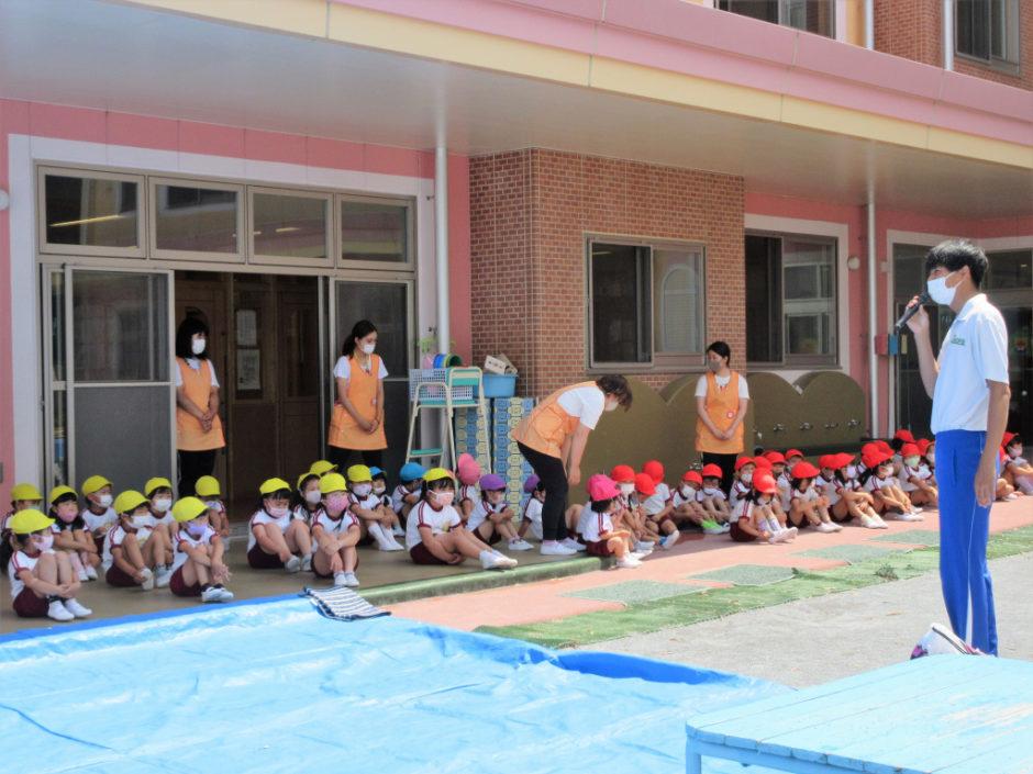 6月15日 プール開き 岡﨑先生から、プール利用時のお約束のお話をいただきました( ˘ω˘ ) みんなきちんと守りましょう♪