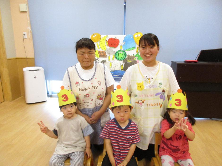 7.8月お誕生会 ひばりさんは3名のお友達です(≧▽≦)
