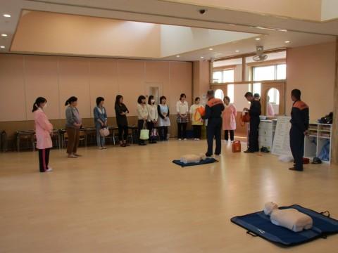 27年救急講習会 坂戸鶴ヶ島消防組合さんのご協力で開催いたしました。