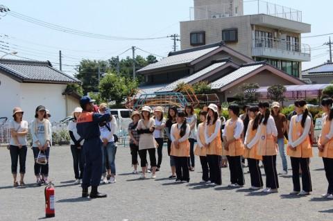 防火講習 平成26年度 初期消火の訓練の指導を受けます!