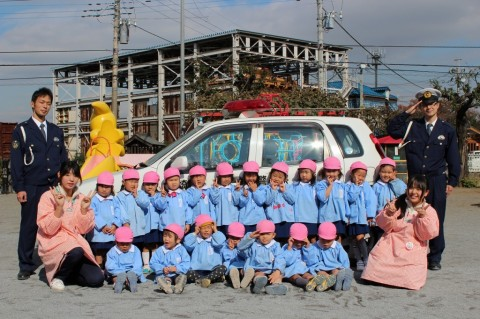 11月11日に交通安全教室が開かれました! もも1くみ