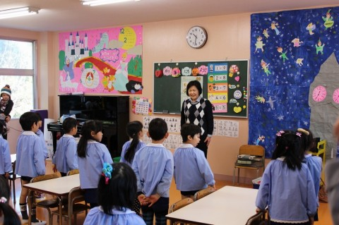 英語・わくわく公開保育(年長・きく) 今日は、正課のわくわくタイムと英語の公開保育です!