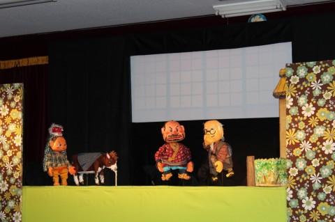 観劇会 人形たちの表情がとっても趣のあるものでした・・・。