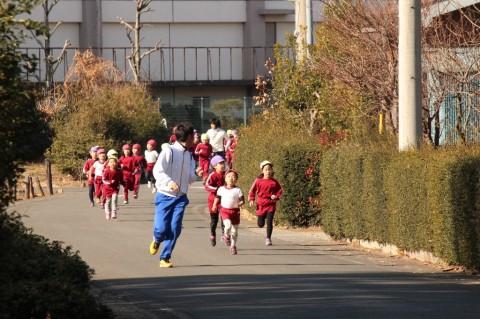 マラソン大会(2) みんな早いな~~!!