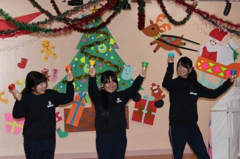 2014 クリスマス会 続いて、ハンドベル! きく 「キラキラ星」