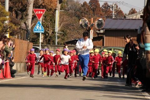 2015.1 マラソン大会 最後はきく男の子!!