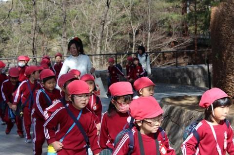 おわかれ遠足(年長) 東松山自然動物公園・・・暖かくてよかったね!