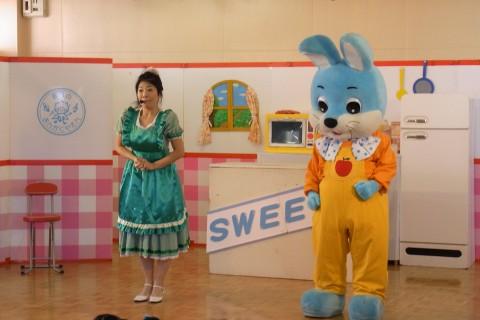 観劇会 今年の観劇会は『クッキーちゃんのスイーツパラダイス』です