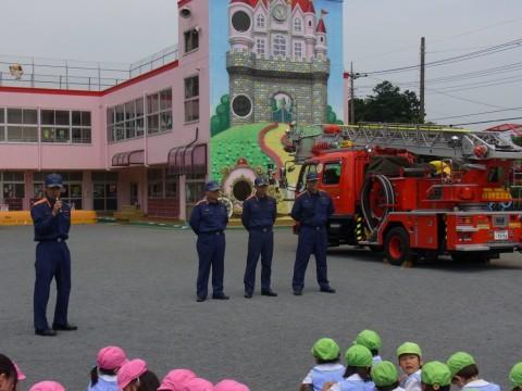 防火講習 H24 坂戸・鶴ヶ島消防署の指導の下、『防火講習会』を開催しました。