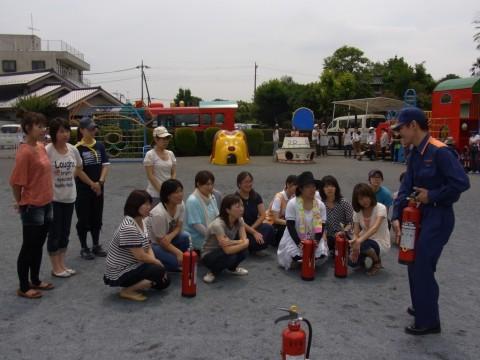 防火講習 H24 初めての消火器・・・使い方を教わりました!