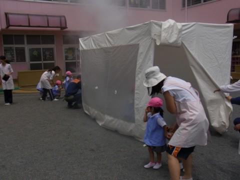 防火講習 H24 『煙中テント』の体験